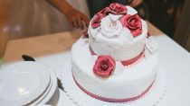 Why Are Wedding Cakes So Expensive?